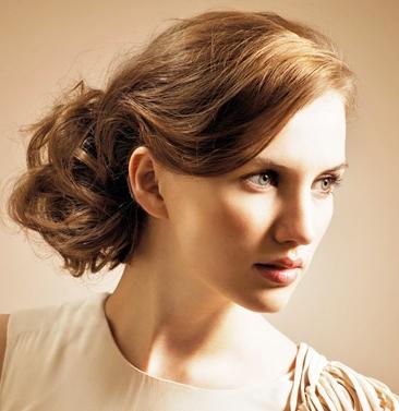2011-brunette-updo